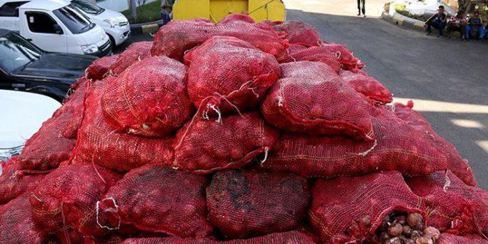 Bea Cukai Aceh Hibahkan 27 Ton Bawang Merah Seludupan asal Malaysia