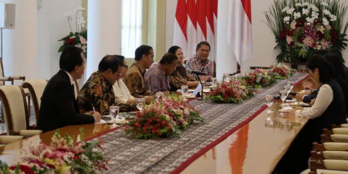Presiden Jokowi Sambut Bos Alibaba Jack Ma di Istana Bogor