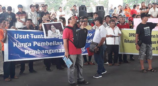 Pendemo Minta Gubernur Sulut Dukung Proses Hukum Bupati Minut VAP