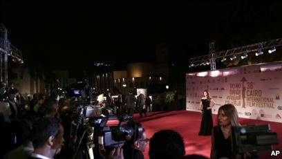 Pakai Gaun Seksi, Artis Mesir Terancam 5 Tahun Penjara