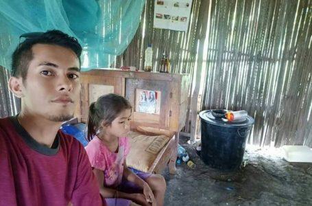 Sungguh Malang Dua Bocah Asal Rote Ini Ditinggalkan Orang Tuanya
