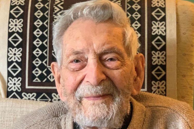 Bob Weighton Pria Tertua di Dunia Berusia 112 Tahun ini Meninggal Dalam Damai