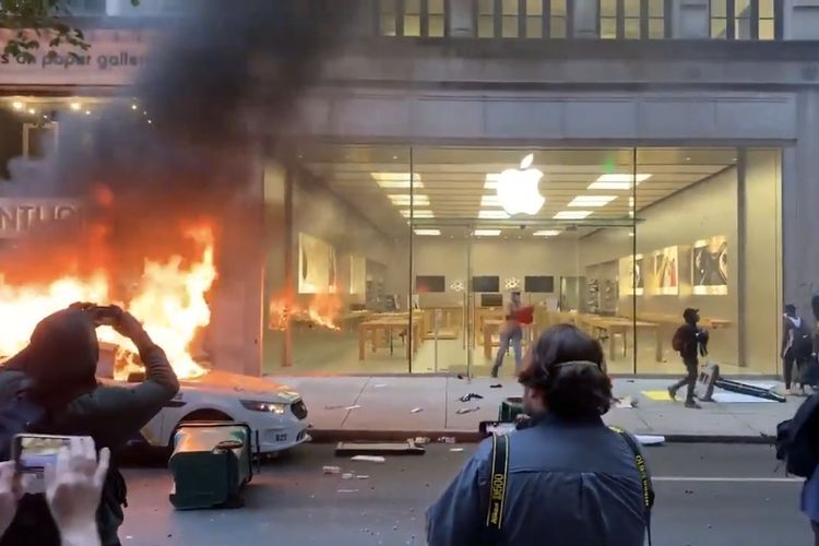 Apple Store Kunci iPhone Jarahan Demonstran di AS