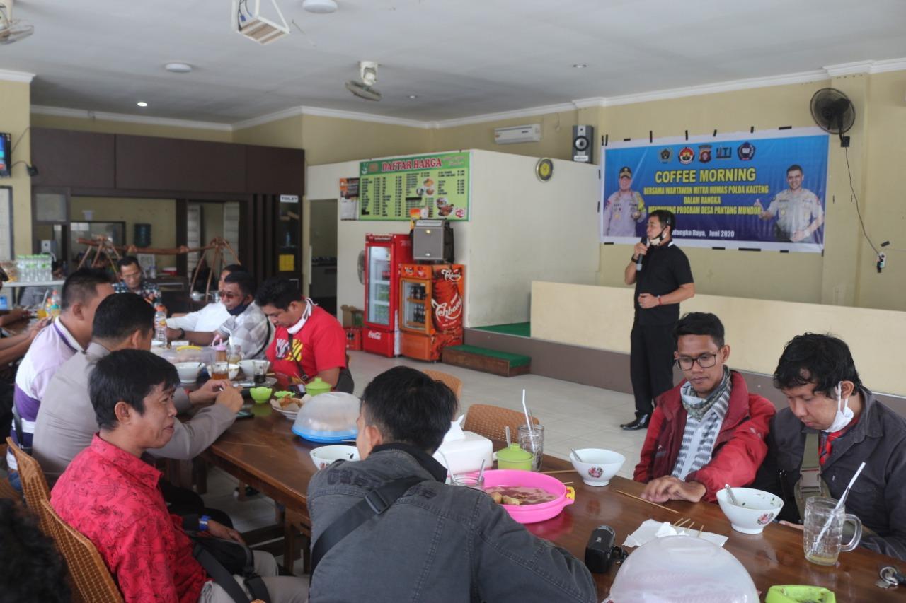 Coffee Morning bersama Wartawan, Kabid Humas Bahas Desa Pantang Mundur dan Hari Bhayangkara ke-74