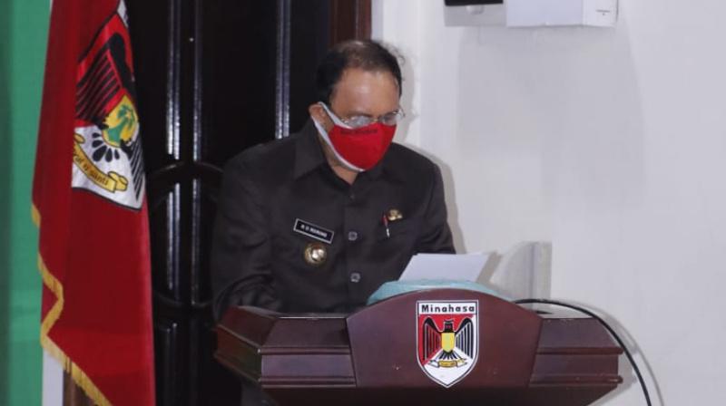 Bupati Royke Roring Pimpin Paripurna DPRD Minahasa Melalui Video Conference