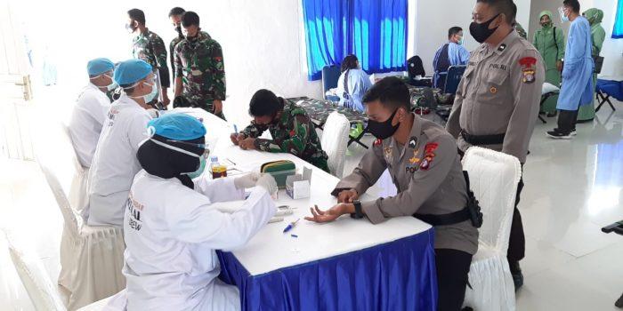 Jelang HUT TNI Ke-75, Brimob Kalteng Ikut Berpartisipasi Dalam Kegiatan Donor Darah