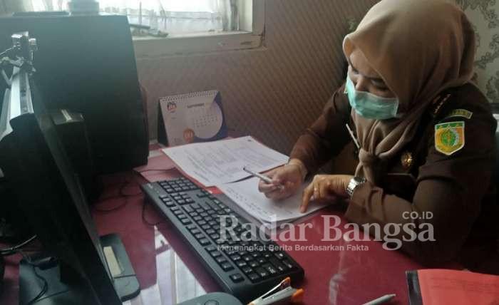 Berkas Pelimpahan Babuk Kasus Penyalahgunaan Dana BKKPD Diterima Kejari Lamongan