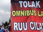 Faisal Basri Nilai Jokowi Tak Perlu Keluarkan Omnibus Law