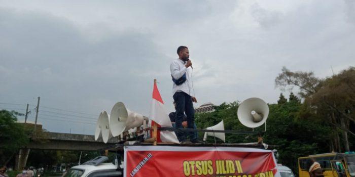 Geruduk Mendagari Massa Sampaikan Dukung Lanjutkan Otsus Papua Jilid II