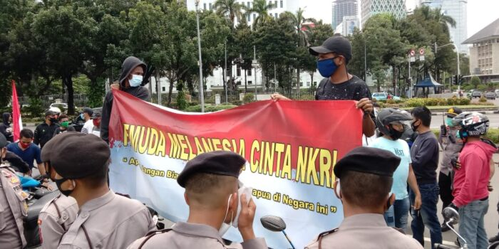 Aksi Pemuda Melanesia Bubarkan Kelompok Papua Merdeka di Patung Kuda Jakarta