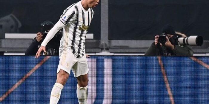 Patahkan Rekor Pele, Ronaldo Torehkan 758 Gol dalam Karirnya