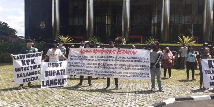 Geruduk Gedung KPK, Aliansi Medan Perantau Desak KPK Segera Periksa Dan Tangkap Bupati Kabupaten Langkat